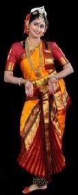 Deevatige -'Natyavatarana' 2nd half article photo of Dr.Shobha 1 (1)
